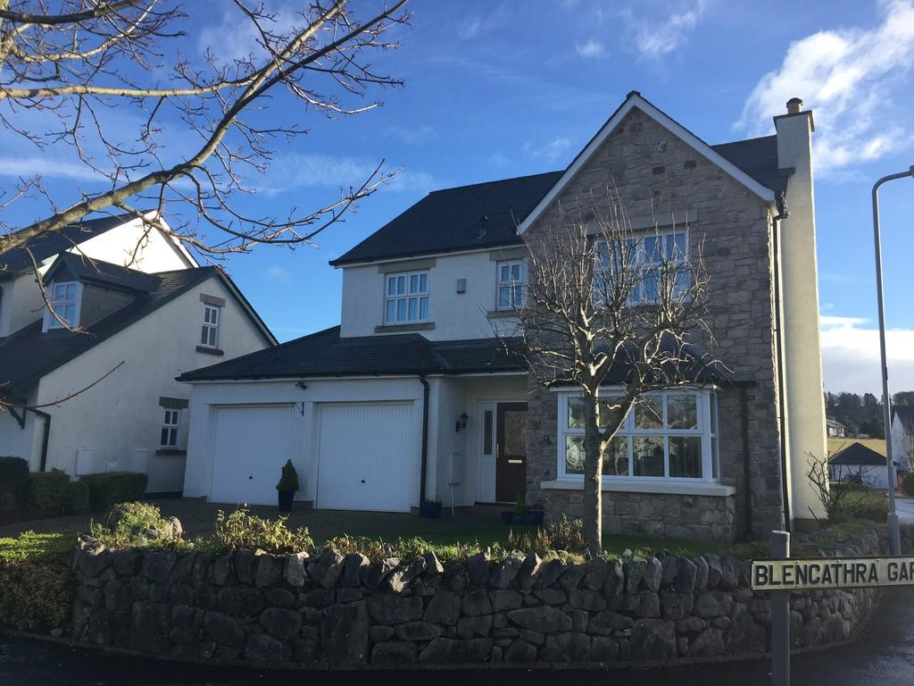 4 Bedrooms Detached House for sale in 9 Whinlatter Drive, Kendal