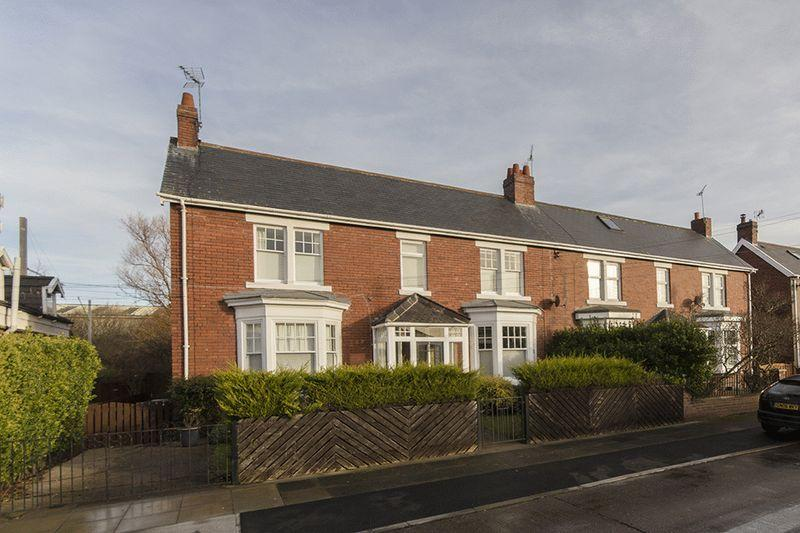 4 Bedrooms Semi Detached House for sale in Beckenham Avenue, East Boldon