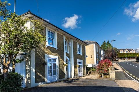 6 bedroom detached house for sale - Grange Road, Shanklin