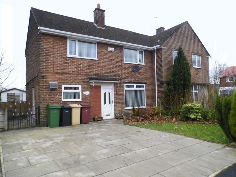 3 Bedrooms Semi Detached House for sale in Clough Avenue, Bolton