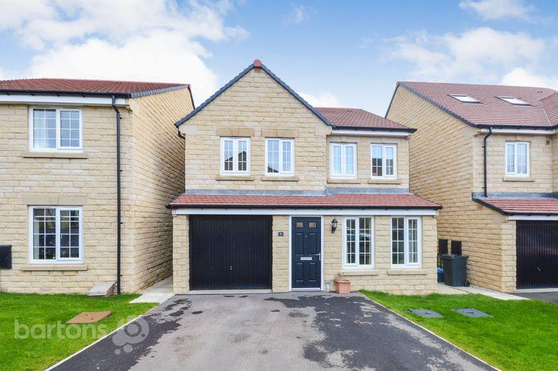4 Bedrooms Detached House for sale in Trueman Drive, The Wickets, Upper Haugh