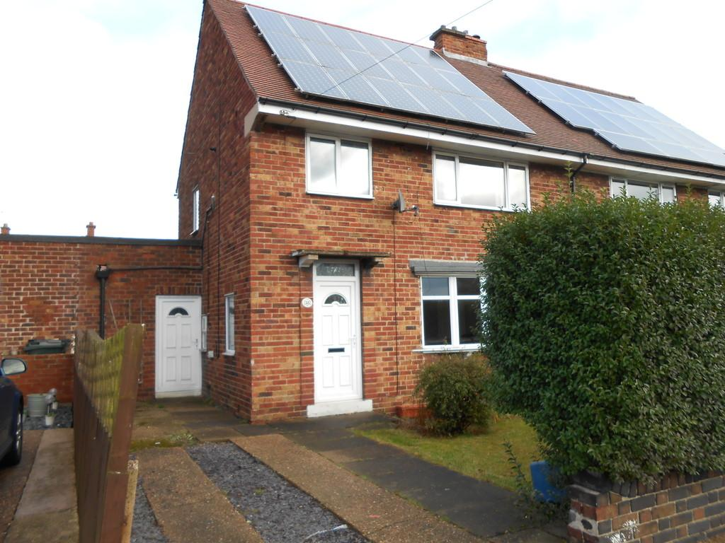 3 Bedrooms Semi Detached House for sale in Rowena Drive, Thurcroft