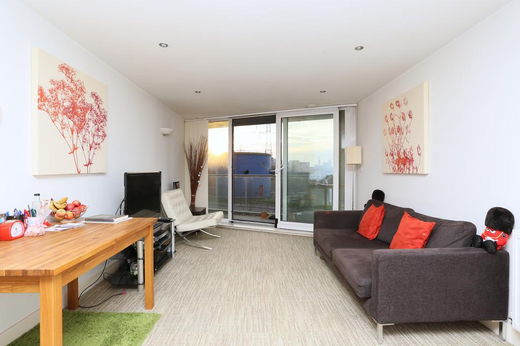 1 Bedroom Apartment Flat for sale in Ross Apartments, Seagull Lane, E16