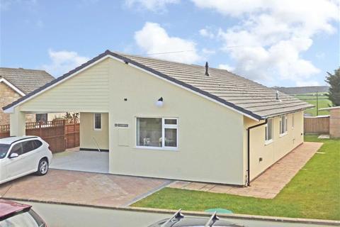 3 bedroom bungalow for sale - Hele Lane, Frithelstockstone, Torrington, Devon, EX38
