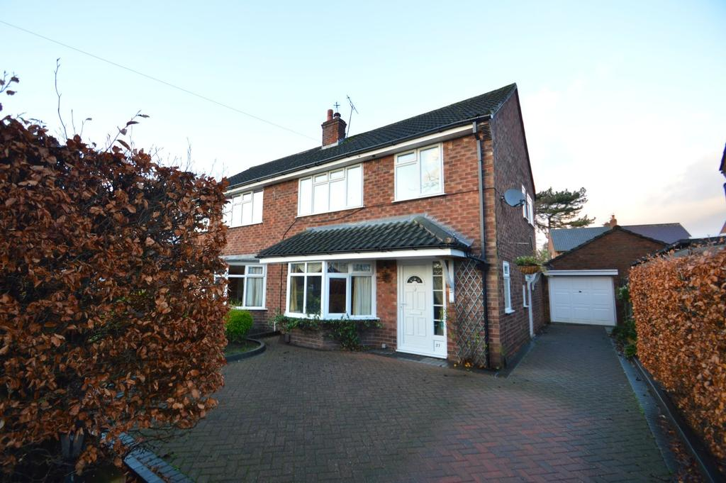 3 Bedrooms Semi Detached House for sale in Sandiway, Knutsford