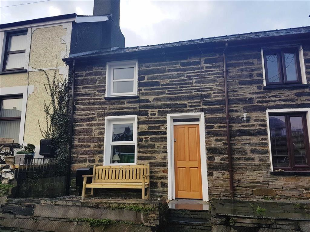 2 Bedrooms Cottage House for sale in Station Road, Llan Ffestiniog