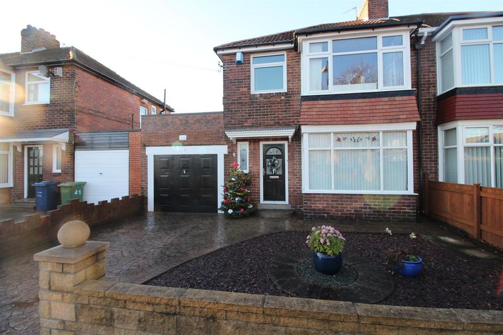 3 Bedrooms Semi Detached House for sale in Red Hall Drive, Newcastle Upon Tyne