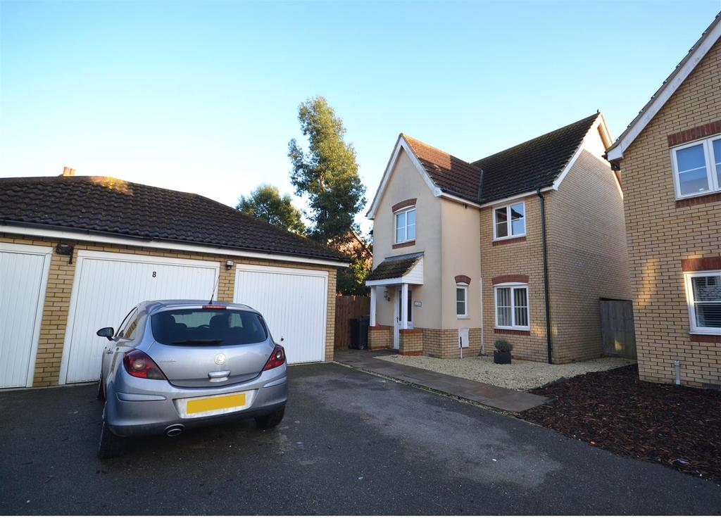 5 Bedrooms Detached House for sale in Medley Way, St Lawrence