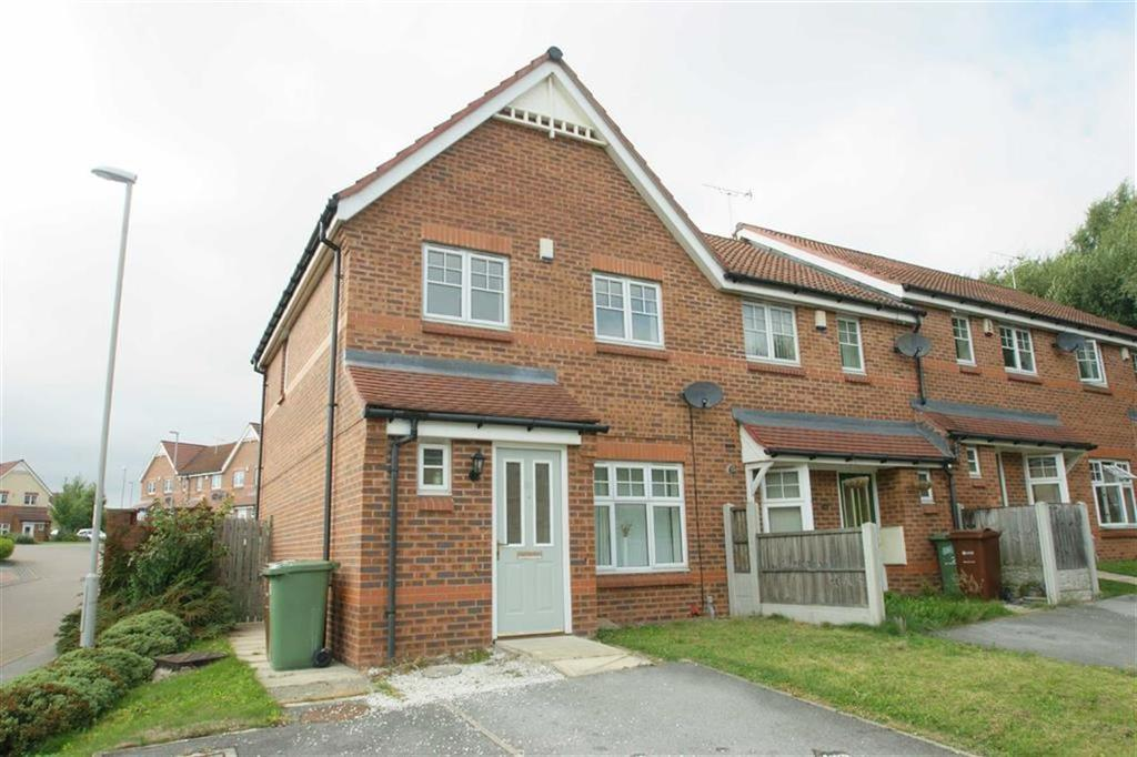 3 Bedrooms Terraced House for sale in Tavistock Park, Wortley, LS12