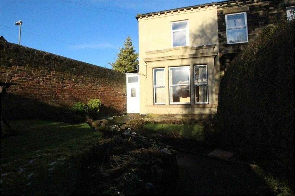 2 Bedrooms Semi Detached House for sale in Healey Lane, BATLEY, West Yorkshire
