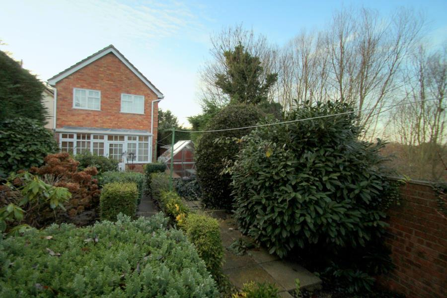 4 Bedrooms Detached House for sale in St Mary's, Colchester, Essex