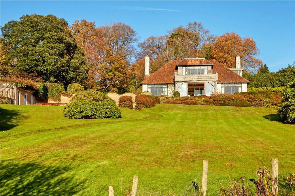 5 Bedrooms Detached House for sale in Cross in Hand, Heathfield, East Sussex, TN21