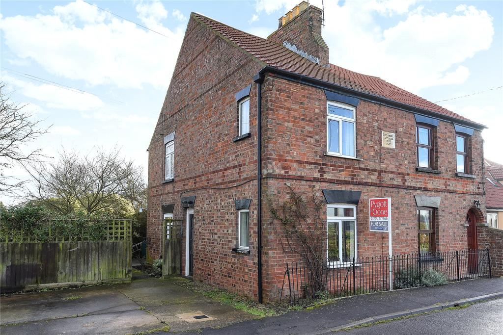 2 Bedrooms Semi Detached House for sale in Wargate Way, Gosberton, PE11