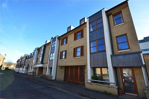 3 bedroom apartment to rent - Garden Court, Cambridge, Cambridgeshire, CB1