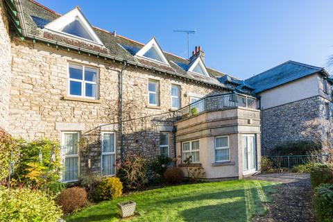 1 bedroom apartment for sale - Apartment 2 Heathcliffe Court, Redhills Road, Arnside, Cumbria, LA5 0AT