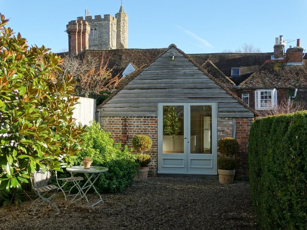 1 Bedroom Barn Conversion Character Property for sale in Staplehurst