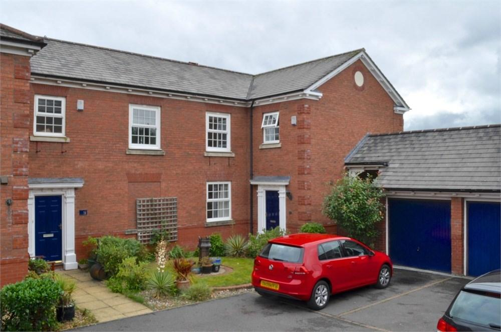 3 Bedrooms Mews House for sale in The Courtyard, Gorstage, Northwich, CW8
