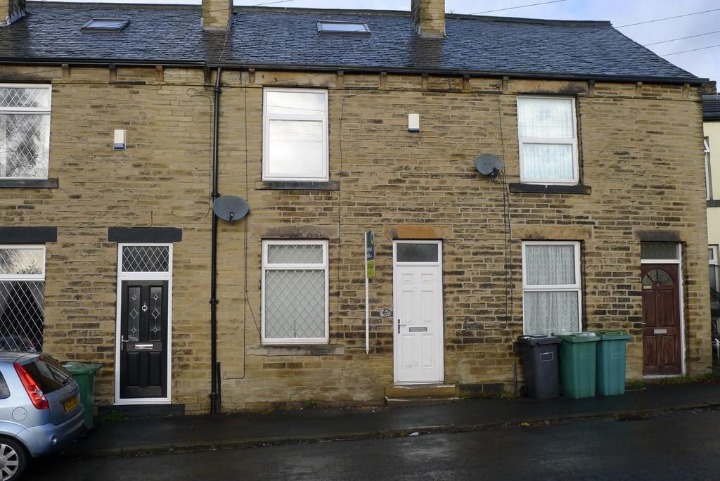 3 Bedrooms Terraced House for sale in George Street, Dewsbury