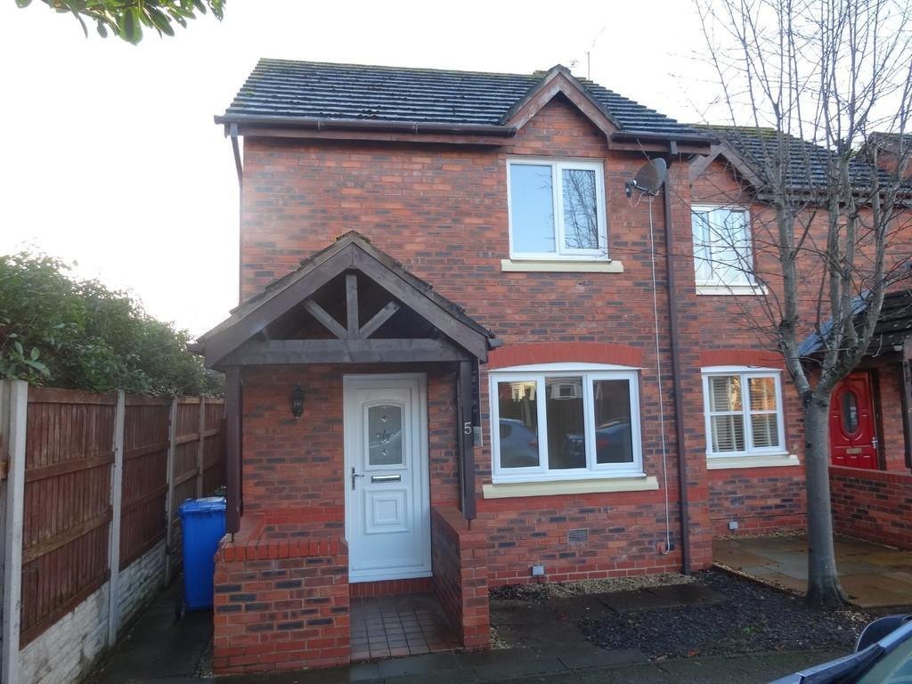 2 Bedrooms Semi Detached House for sale in Llys Robin Goch, Rhyl