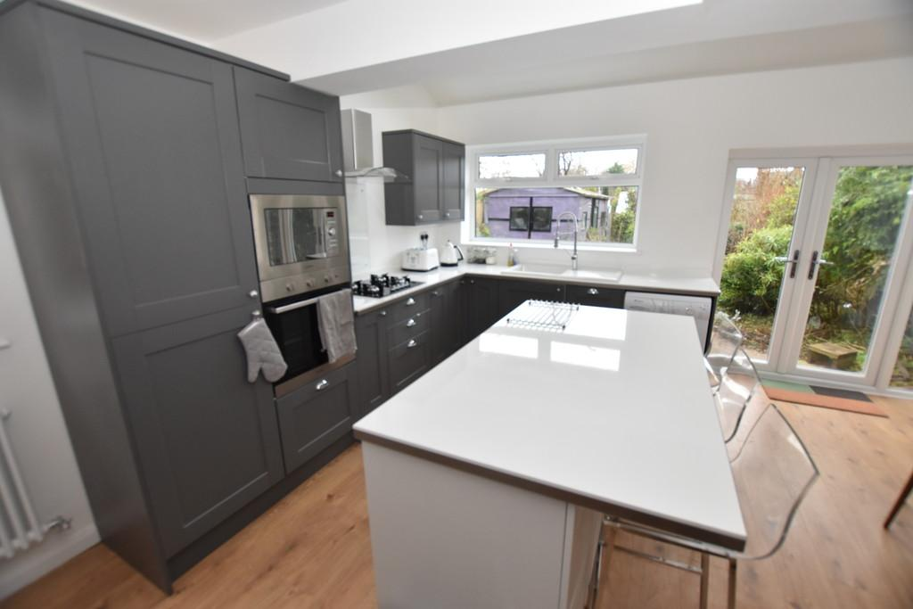 3 Bedrooms Semi Detached House for sale in Bachelors Lane, Great Boughton
