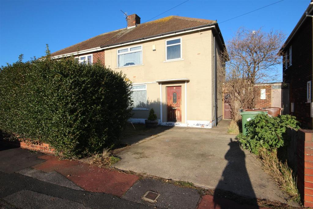 3 Bedrooms Semi Detached House for sale in Thirsk Grove, Hartlepool