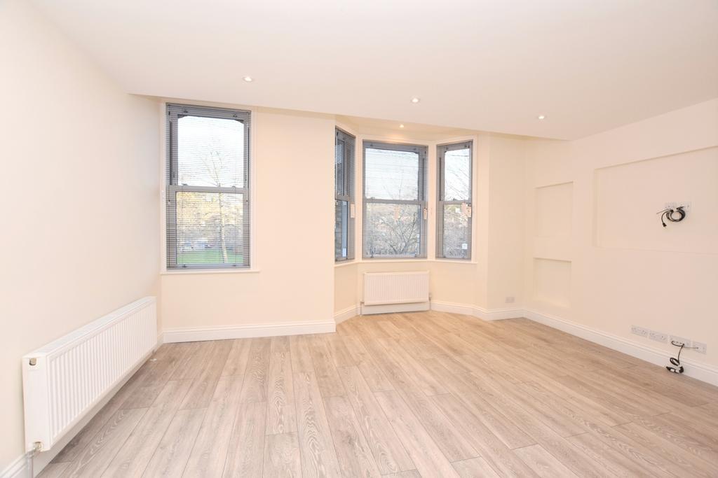 2 Bedrooms Flat for sale in Oakley Place Bermondsey SE1