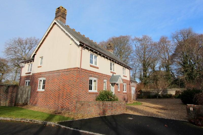 4 Bedrooms Detached House for sale in Winterborne Whitechurch, Blandford Forum, Dorset