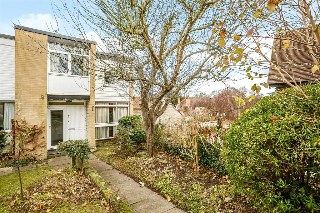 4 Bedrooms Semi Detached House for sale in Gonnerston, Mount Pleasant, St. Albans, Hertfordshire