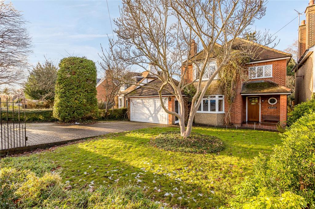 3 Bedrooms Detached House for sale in Mile House Lane, St. Albans, Hertfordshire