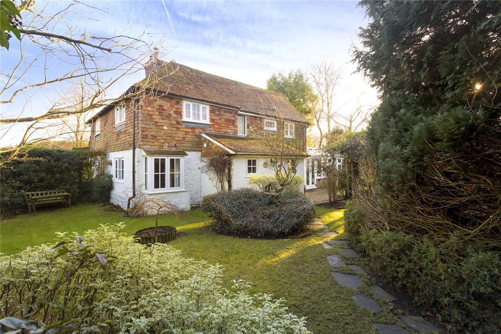3 Bedrooms Semi Detached House for sale in The Street, Willesborough Lees, Ashford, Kent