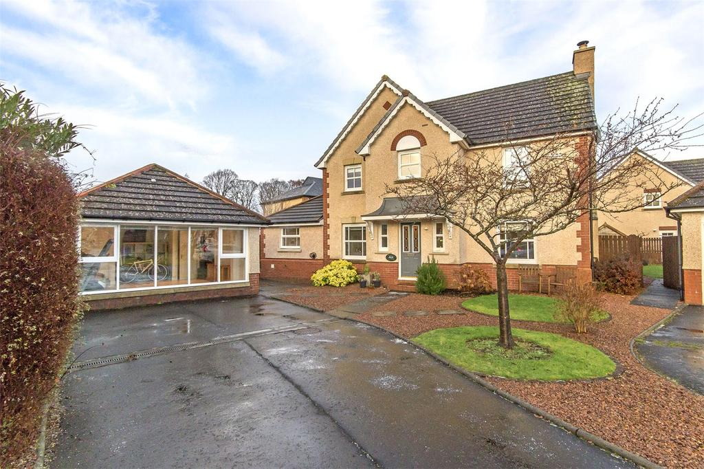 4 Bedrooms Detached House for sale in 43 Bobbin Wynd, Cambusbarron, Stirling, FK7