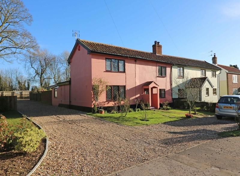 3 Bedrooms Cottage House for sale in Long Street, Great Ellingham, Attleborough