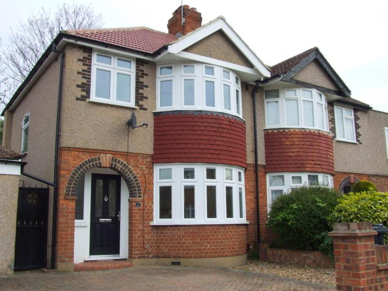 3 Bedrooms House for rent in Mandeville Road, Isleworth