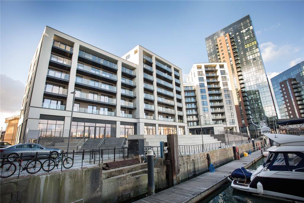 3 Bedrooms Penthouse Flat for sale in Alexandra Wharf, 1 Maritime Walk, Ocean Village, Southampton, SO14