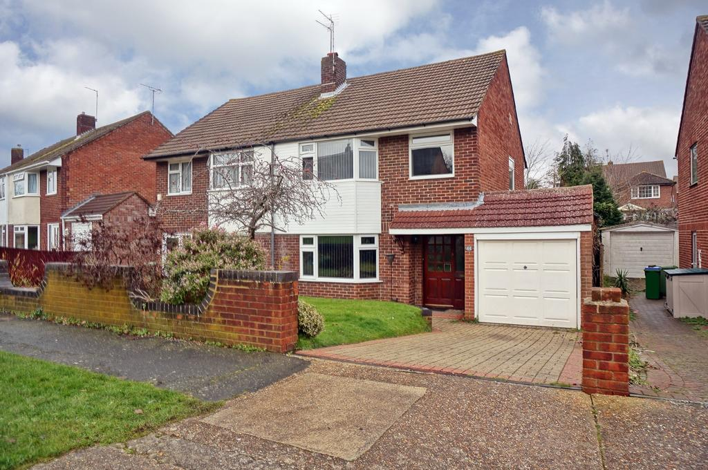 3 Bedrooms Semi Detached House for sale in UPLANDS