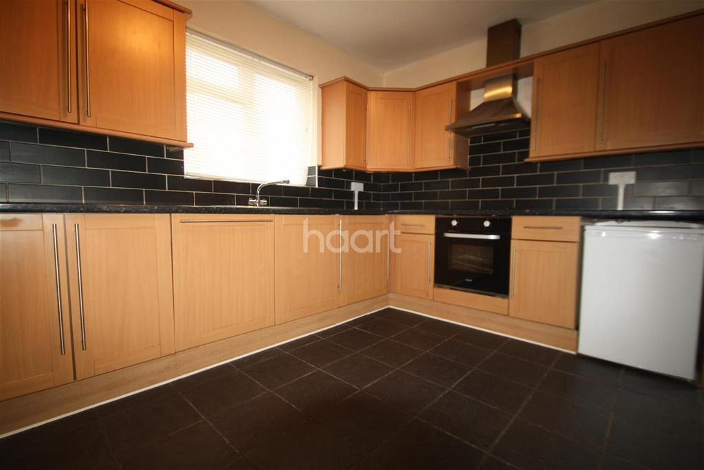 3 Bedrooms Detached House for rent in Kimberley Close
