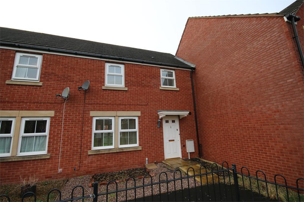 3 Bedrooms Terraced House for rent in Bodenham Field, Gloucester