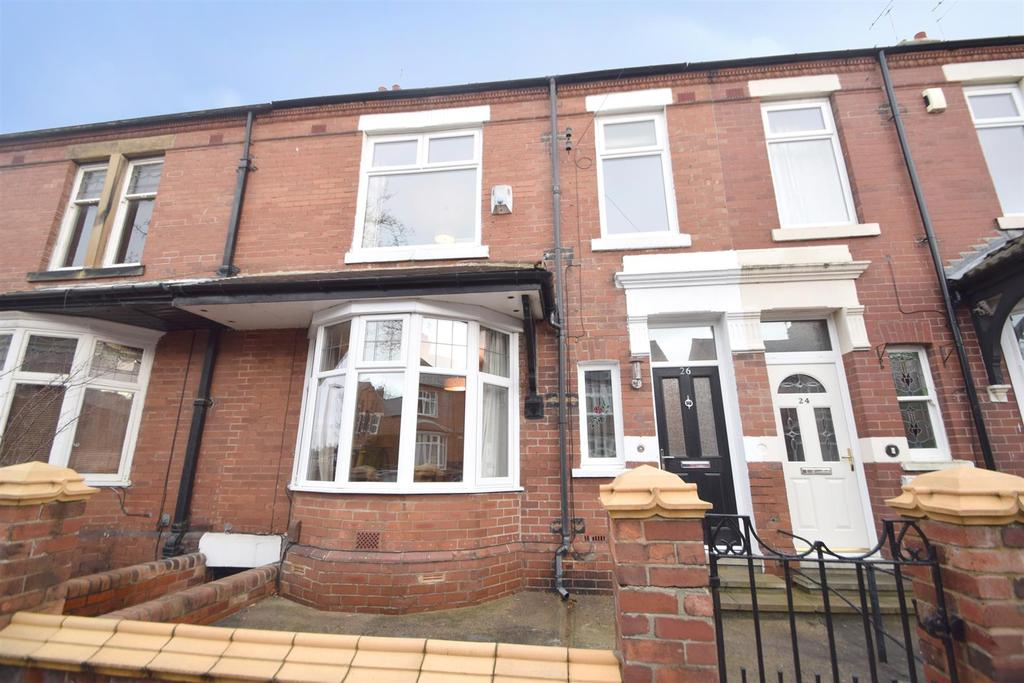 4 Bedrooms Terraced House for sale in Cliftonville Gardens, Whitley Bay