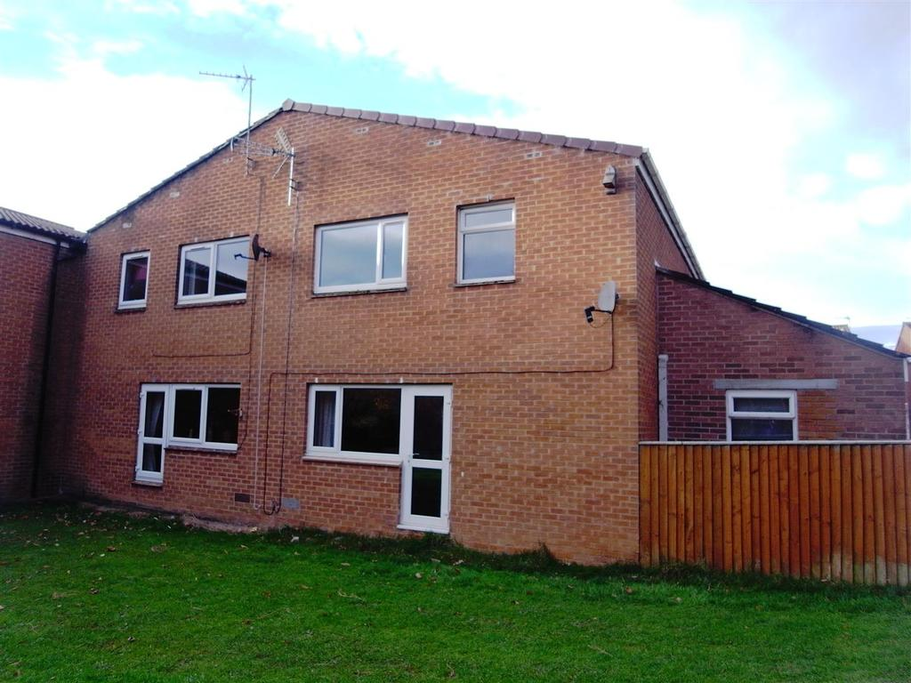 3 Bedrooms Semi Detached House for sale in Callerton Rise, Newton Aycliffe