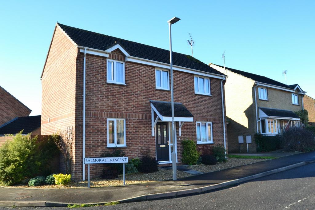 3 Bedrooms Detached House for sale in Dorchester