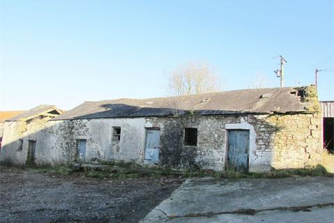 House to rent - Unconverted Barn at Llwyn, Llangain, Carmarthen