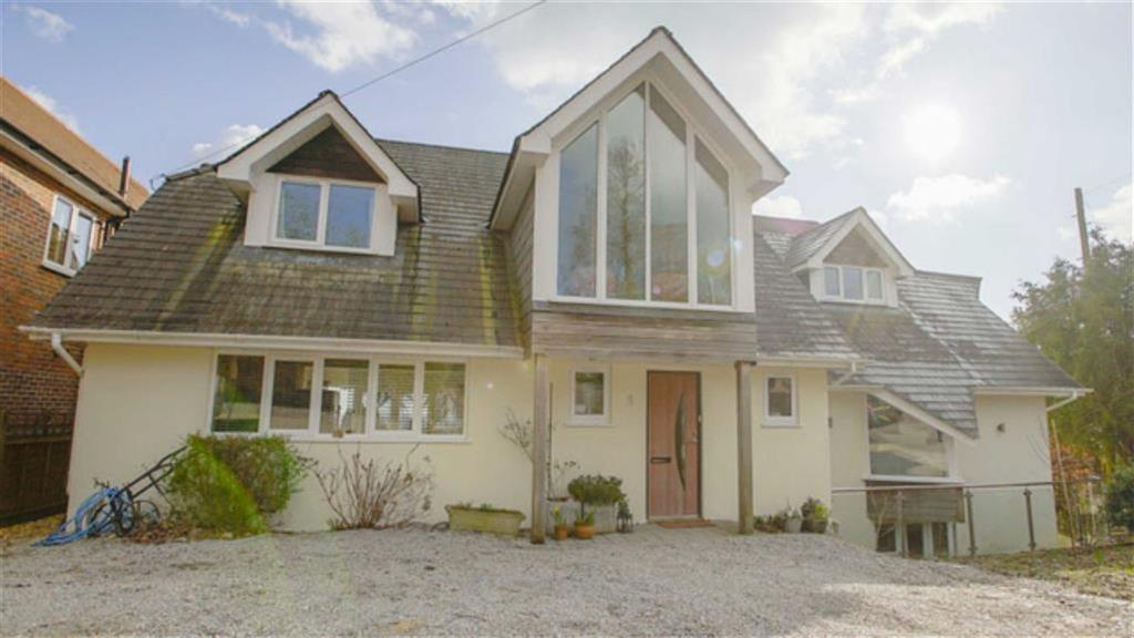 6 Bedrooms Detached House for sale in Highland View Close, Wimborne, Dorset