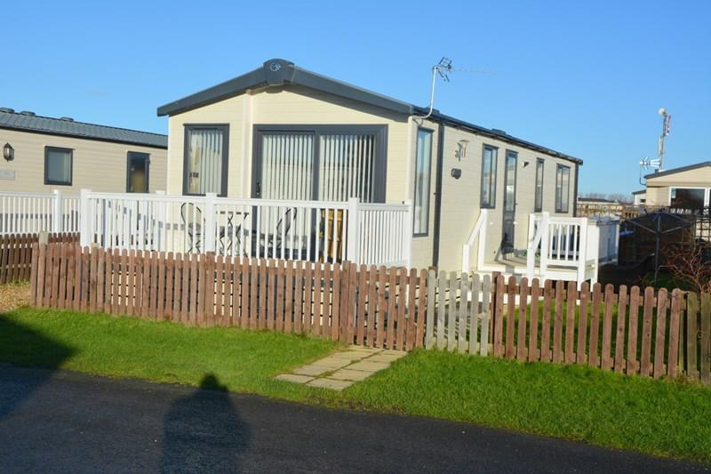 2 Bedrooms Mobile Home for sale in Coast Road, Berrow