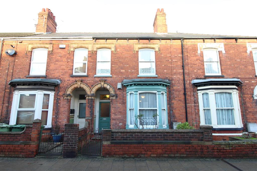4 Bedrooms Terraced House for sale in Mill Road, Cleethorpes