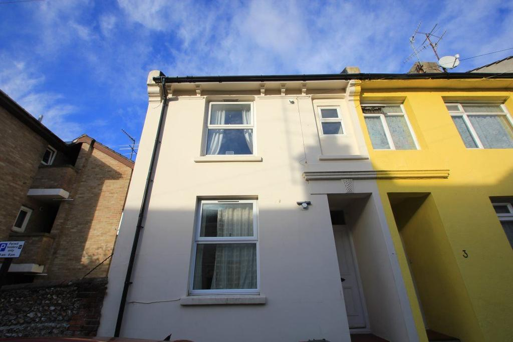 4 Bedrooms House for rent in Picton Street, Brighton