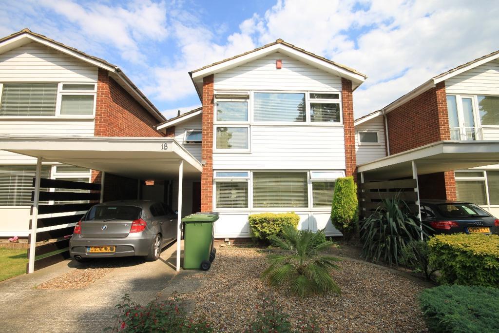 3 Bedrooms Detached House for rent in Lee Park Blackheath SE3