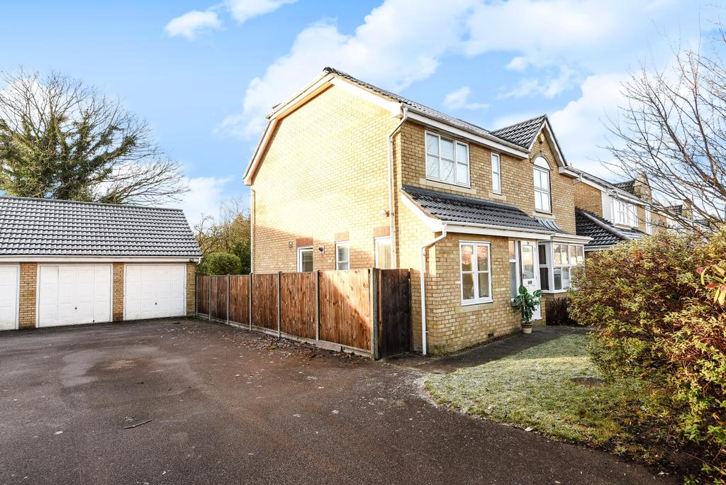 4 Bedrooms Detached House for sale in Holywell Close Orpington BR6