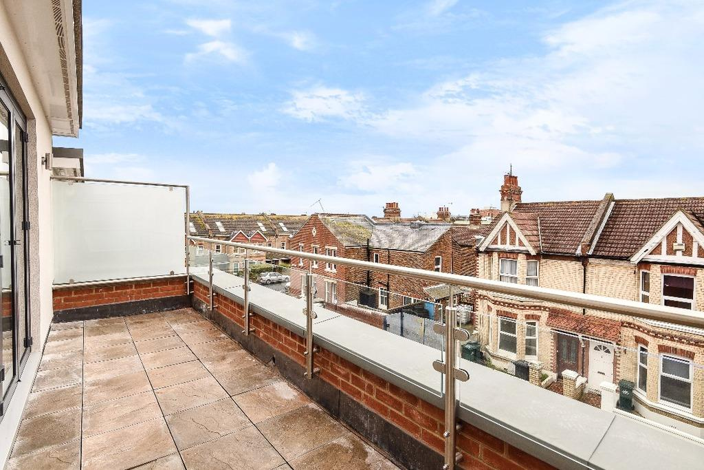 3 Bedrooms Terraced House for sale in Mainstone Row, Mainstone Road Hove BN3