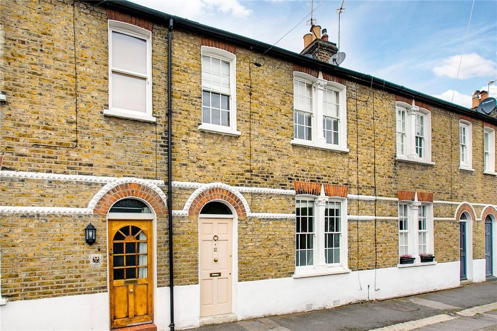 2 Bedrooms Terraced House for sale in Rock Avenue, London