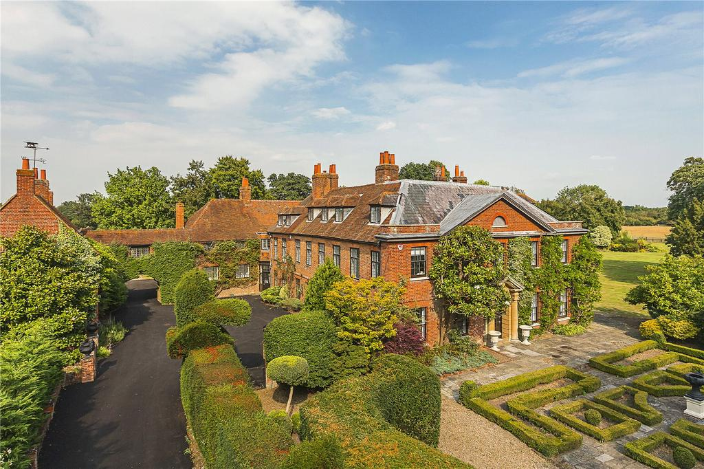 12 Bedrooms Detached House for sale in Hurst, Berkshire, RG10